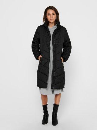 Čierny prešívaný kabát Jacqueline de Yong Finno