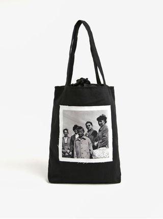 Čierna plátenná taška s nášivkou retro žien La femme MiMi Teta Věra no.4