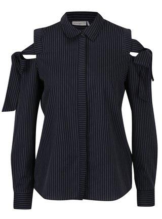 Tmavomodrá pruhovaná košeľa s prestrihmi na ramenách Jacqueline de Yong Taylor