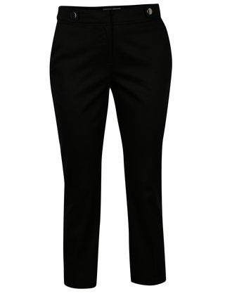 Čierne skrátené nohavice s ozdobnými gombíkmi Dorothy Perkins