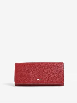 Červená veľká kožená peňaženka DKNY Carryall