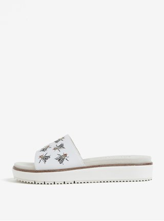 Bílé kožené pantofle s výšivkami much Tamaris