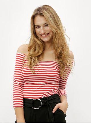 Bielo-červené vzorované tričko s odhalenými ramenami ZOOT
