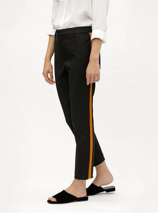 Černé kalhoty s pruhem na nohavicích VERO MODA Aston