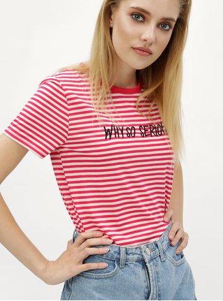 Bielo–ružové pruhované tričko s výšivkou Jacqueline de Yong Tolla