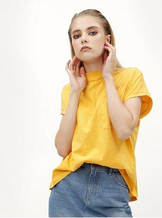 Žluté basic tričko s náprsní kapsou Noisy May Sia