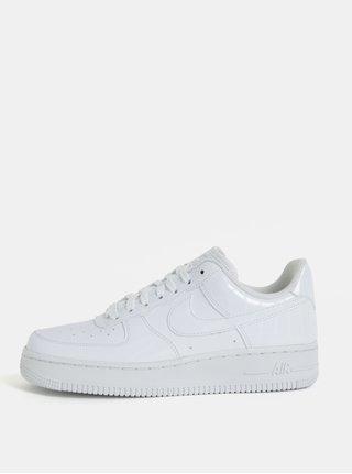 Bílé dámské tenisky na platformě Nike Air Force1