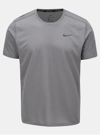 Sivé pánske tričko s potlačou na chrbte Nike Miler tech Top
