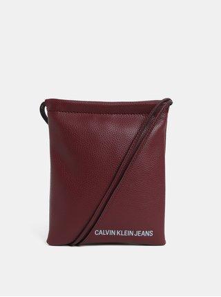 Vínová malá kabelka Calvin Klein Jeans