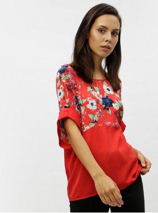 Červený květovaný top s průstřihem na zádech VERO MODA Zoe