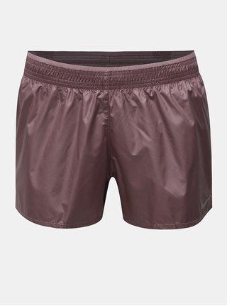 Pantaloni de dama scurti functionali rezistenti la vant roz prafuit cu dublura cusuta intre picioare Nike Cire