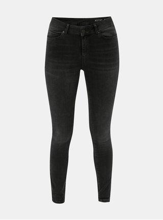 Tmavě šedé skinny džíny s lehce vyšisovaným efektem Noisy May Lucy d28fd5734a