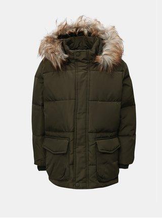 Kaki chlapčenská zimná bunda s umelým kožúškom Name it Markos