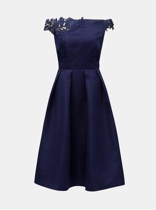 Tmavomodré šaty s čipkou a odhalenými ramenami Little Mistress