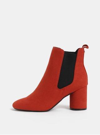Červené chelsea topánky v semišovej úprave Dorothy Perkins