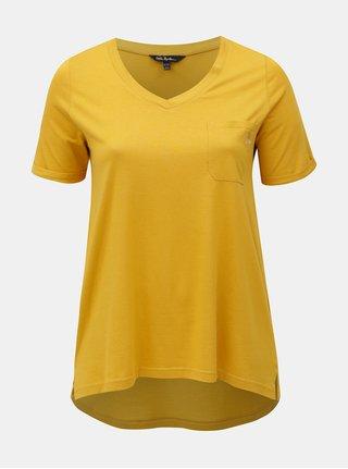 Hořčicové basic tričko s náprsní kapsou a výšivkou Ulla Popken