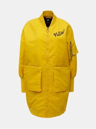 Žltý dámsky dlhší bomber s výšivkou Nike Parka