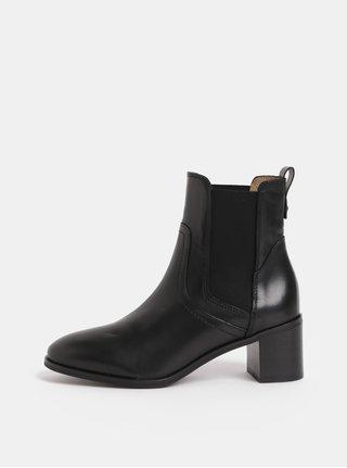 Černé dámské kožené chelsea boty na podpatku GANT Johanna