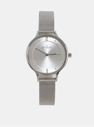 Dámské hodinky s nerezovým páskem ve stříbrné barvě Skagen a245346aea8