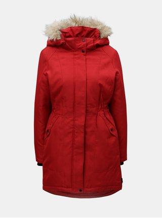 Červená zimní parka s umělým kožíškem VERO MODA Magic