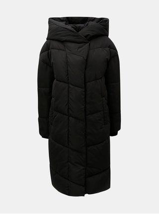 Čierny zimný nadýchaný prešívaný kabát Noisy May