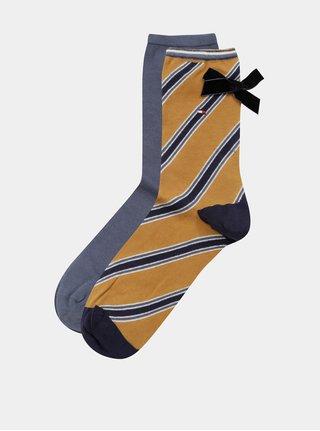Sada dvou párů dámských ponožek v hořčicové a šedé barvě s pruhovaným vzorem a mašlemi Tommy Hilfiger