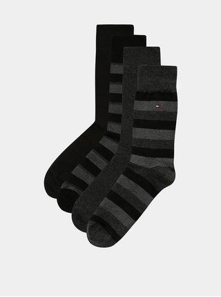Darčekové balenie štyroch párov pánskych ponožiek v čiernej a sivej farbe Tommy Hilfiger