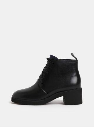 Černé dámské kožené kotníkové boty na podpatku Camper Wonder