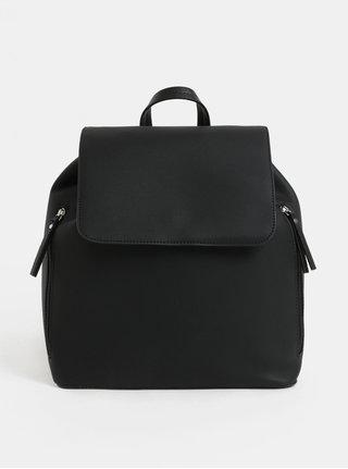 Čierny koženkový vakový batoh Pieces Kiko
