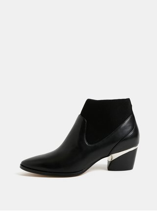 Černé kožené kotníkové boty na podpatku DKNY Waylen