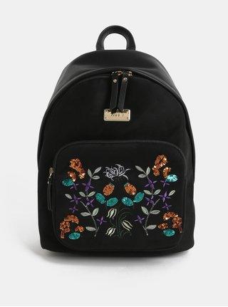 Černý batoh v semišové úpravě s výšivkou Bessie London