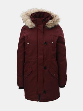 Vínová zimní parka s odnímatelným umělým kožíškem na kapuci VERO MODA Cursion