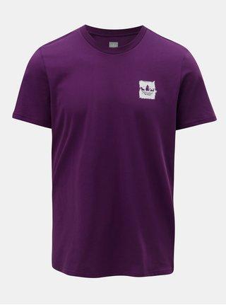 Fialové pánske tričko s potlačou na chrbte adidas Originals Skateboarding