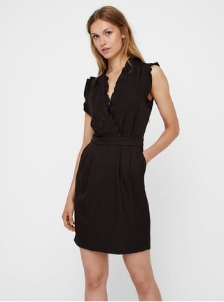 0b63463cb5e Černé šaty s hlubokým překládaným výstřihem VERO MODA AWARE