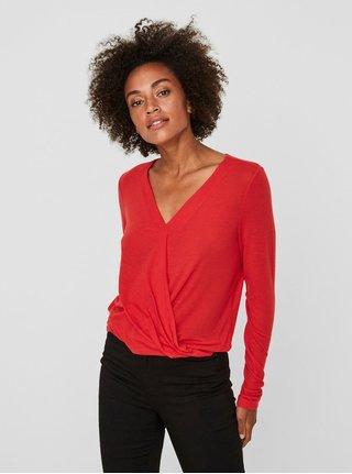 c2d71d804170 Červené tričko s prekladaným predným dielom VERO MODA Peja