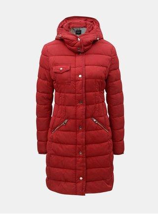 Červený prošívaný zimní kabát s odnímatelnou kapucí Desigual Inga