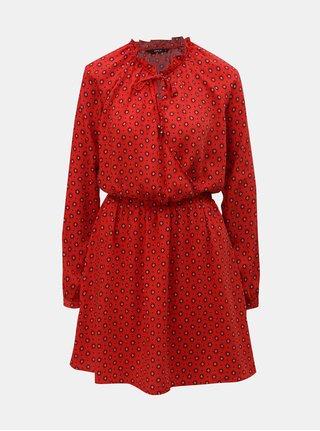 Červené vzorované šaty s překládaným výstřihem ONLY Vicky d9ce2af121