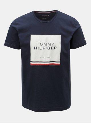 Tmavě modré pánské tričko s nášivkou Tommy Hilfiger