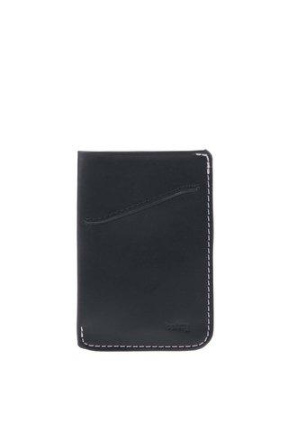 Tmavě modré kožené pouzdro na karty Bellroy Card Sleeve