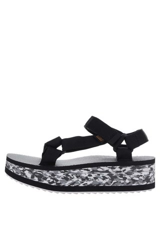 Sandale negre cu talpa inalta Teva