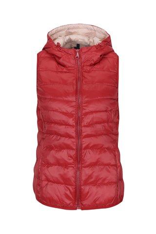 Červená prošívaná lehká vesta s kapucí ONLY Tahoe