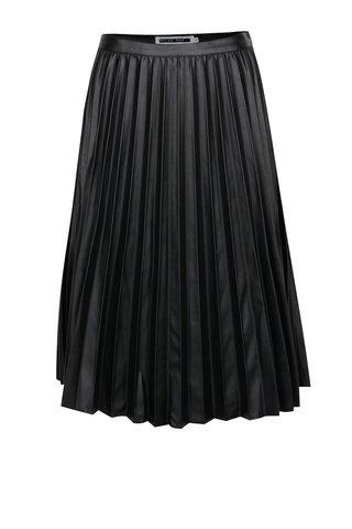 Fusta neagra plisata cu aspect de piele - Noisy May Leanne