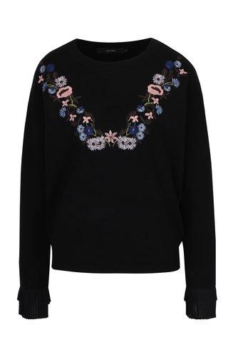 Pulover negru cu broderie florala multicolora  VERO MODA Costa