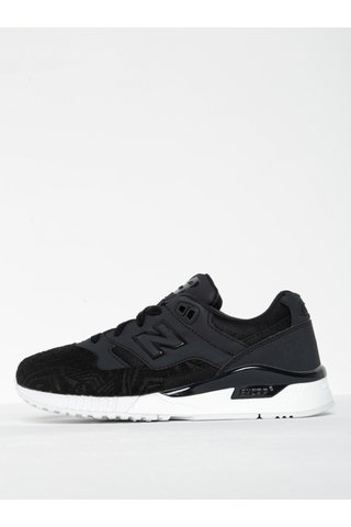 Pantofi sport negri pentru femei - New Balance XAR 1000