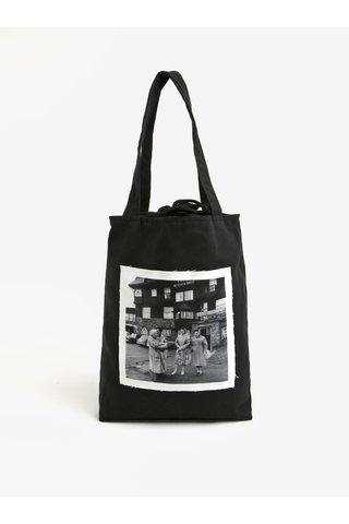 Geanta tip sacosa neagra din panza cu aplicatie tip fotografie retro - La femme MiMi Teta Věra no.5