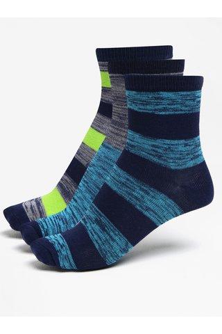 Sada tří párů klučičích ponožek v zelené a modré barvě 5.10.15.