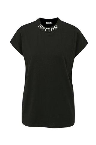 Tricou negru cu guler inalt si print alb Moss Copenhagen Musta