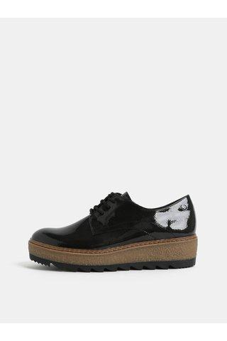 Pantofi negri cu aspect lucios si platforma structurata Tamaris