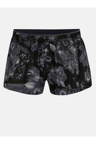 Černé dámské standard fit květované kraťasy Nike Elevate