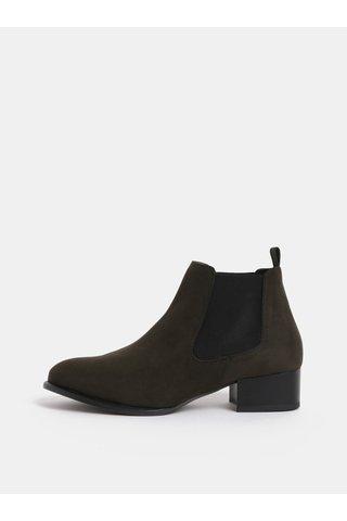 Tmavě zelené chelsea boty na podpatku v semišové úpravě OJJU